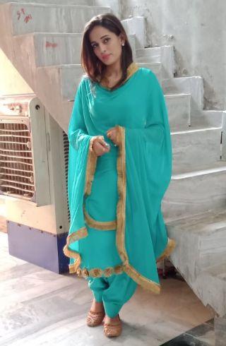 kurti escorts in delhi