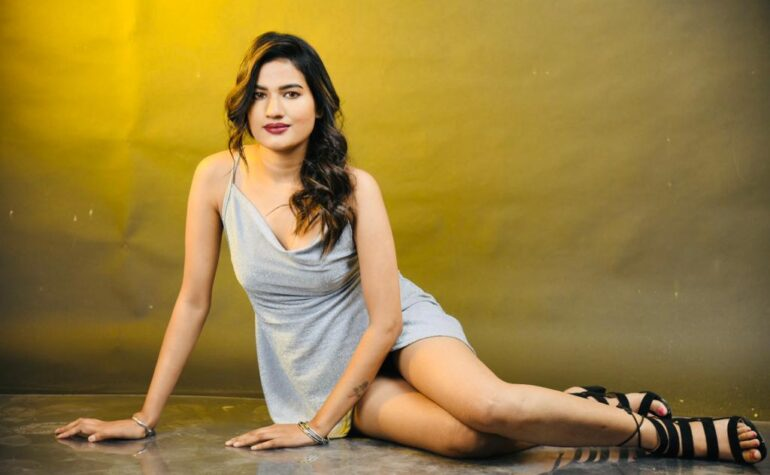 Meet the Stunning Model Escorts in Delhi to full fill Your Dreams