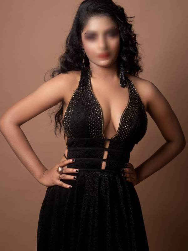 model escorts delhi