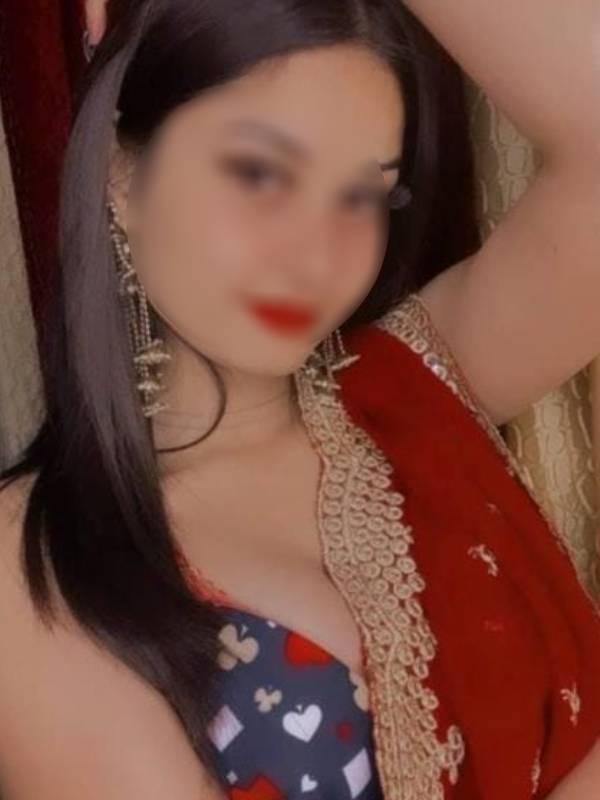 Young escorts in Delhi